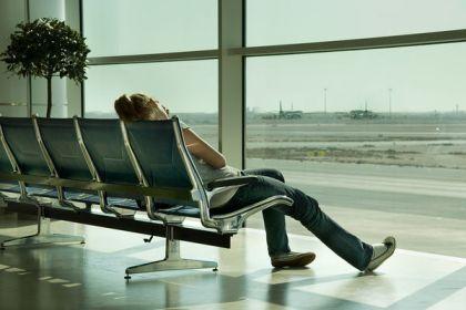 chica aeropuerto